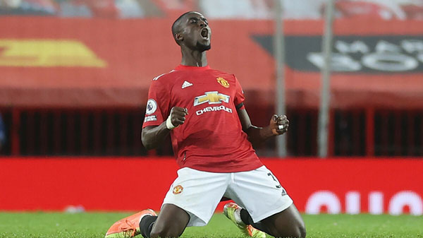 Man United fans pleased with top Eric Bailly display vs Real Sociedad - Bóng Đá