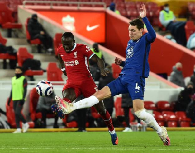 Không phải Mount, Carragher chỉ ra cái tên xuất sắc của Chelsea trận Liverpool - Bóng Đá