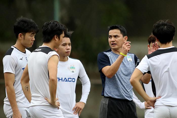 HLV Bình Định chỉ ra 2 sự thay đổi lớn của HAGL tại V-League 2021 - Bóng Đá
