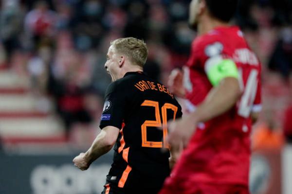 Sao Man Utd nổ súng trong ngày Hà Lan dội mưa gôn vào lưới Gibraltar - Bóng Đá