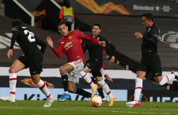 Chấm điểm Man Utd trận Granada: Vinh danh Cavani, Greenwood