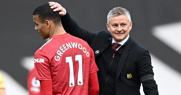 Solskjaer đặc biệt khen ngợi 1 cái tên Man Utd sau trận thắng Burnley - Bóng Đá