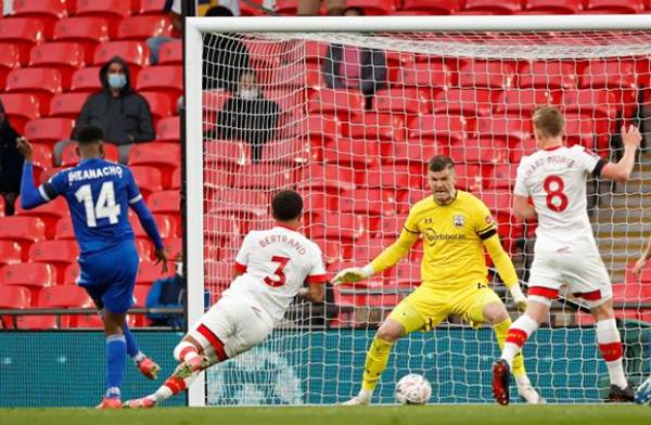 Iheanacho nổ súng, Leicester đoạt vé dự chung kết FA Cup cùng Chelsea - Bóng Đá