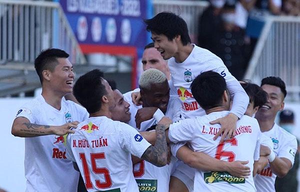 HAGL nhận thưởng khủng từ bầu Đức sau trận thắng CLB Hà Nội - Bóng Đá