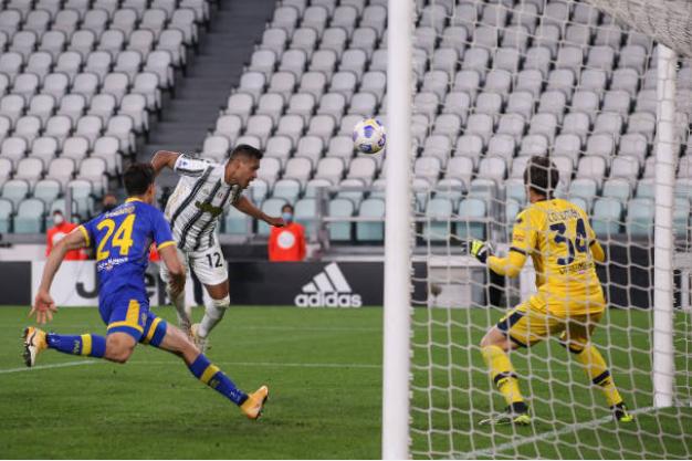 Ronaldo im tiếng, Juve phải nhờ đến hậu vệ để thắng ngược Parma - Bóng Đá
