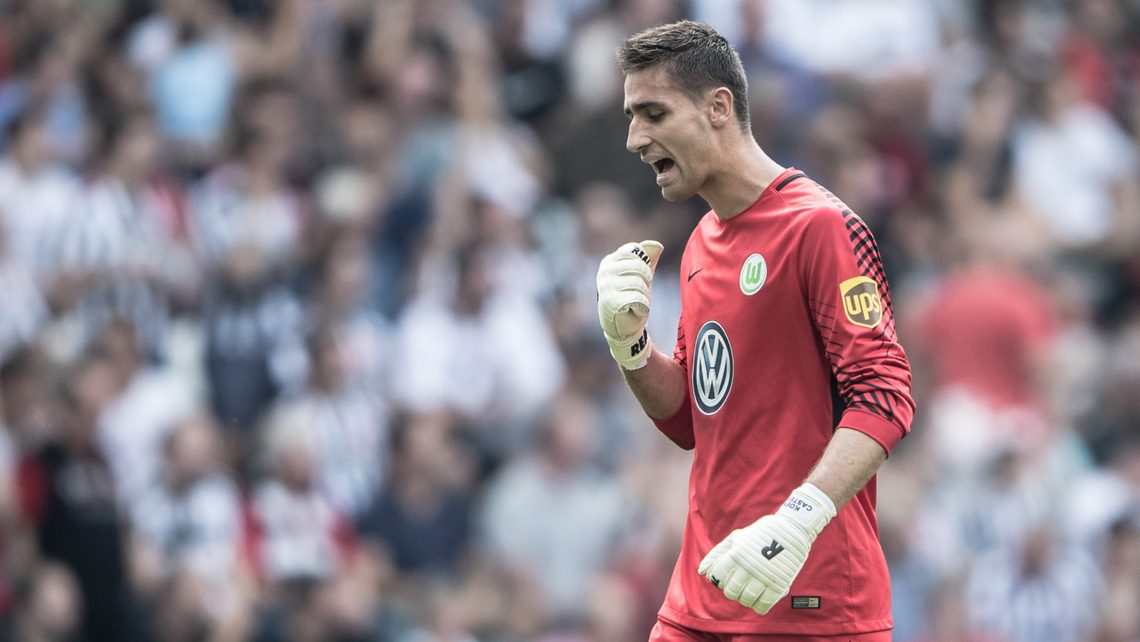 Top 10 thủ môn hay nhất mùa 2021: De Gea
