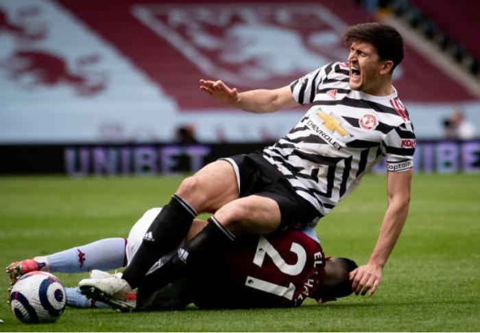 Solskjaer phá vỡ sự im lặng về chấn thương của Maguire sau trận Villa - Bóng Đá