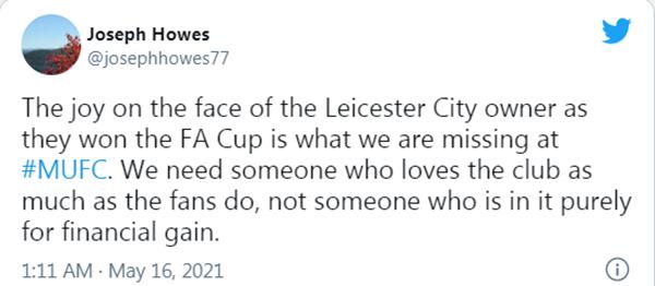 Mượn Chủ tịch Leicester, CĐV Man Utd