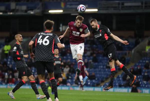 2 quyết định đúng đắn và 2 sai lầm của Jurgen Klopp ở trận thắng Burnley - Bóng Đá