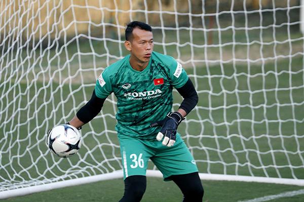 Vắng Văn Lâm, ai sẽ là thủ môn số 1 của ĐT Việt Nam? - Bóng Đá