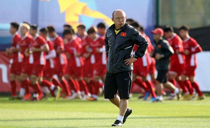 NÓNG: HLV Park Hang-seo gạch tên 6 cầu thủ trận gặp Indonesia - Bóng Đá