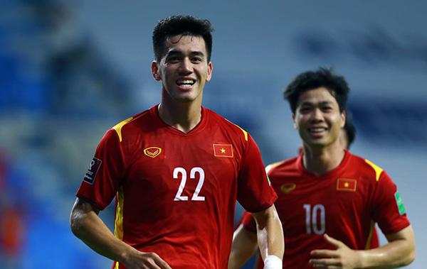 Trang chủ FIFA ca ngợi thầy Park, chỉ ra 2 nhân tố xuất sắc ĐT Việt Nam - Bóng Đá