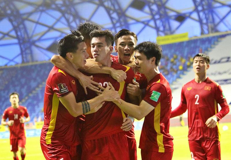 Kịch bản để ĐT Việt Nam giành vé đi tiếp tại VL World Cup 2022 - Bóng Đá