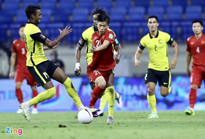 TRỰC TIẾP Việt Nam 1-0 Malaysia (H2): Công Phượng thử vận may - Bóng Đá