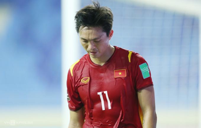 ĐT Việt Nam nhận 2 hung tin trước thềm trận gặp UAE - Bóng Đá