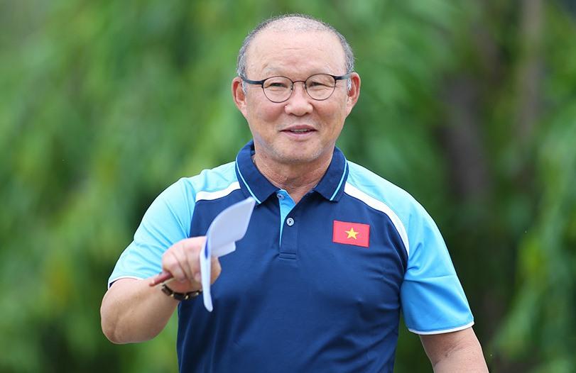 Đưa ĐT Việt Nam đi tiếp ở VL World Cup, thầy Park lên tiếng về tương lai - Bóng Đá