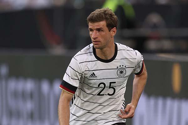 Thomas Muller cảnh báo các đồng đội sau trận thắng Bồ Đào Nha - Bóng Đá