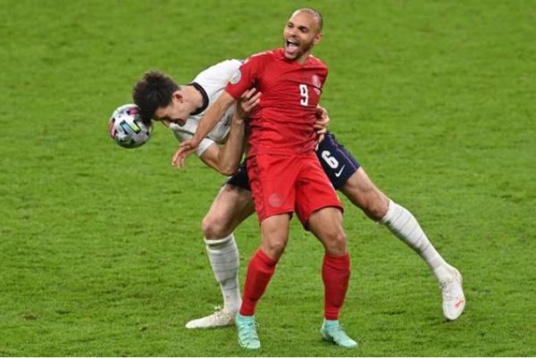 Thống kê cho thấy sao Man Utd mới là cầu thủ xuất sắc nhất EURO - Bóng Đá