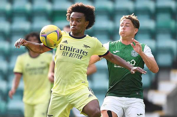 4 cầu thủ Arsenal mất cơ hội ghi điểm với Arteta vì COVID-19 - Bóng Đá