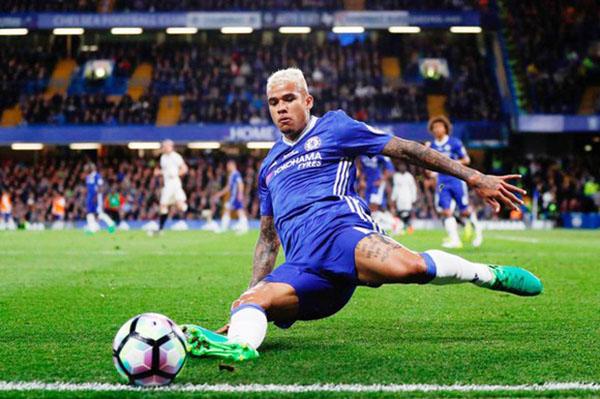 5 cầu thủ bạn không thể tin vẫn thuộc biên chế của Chelsea - Bóng Đá