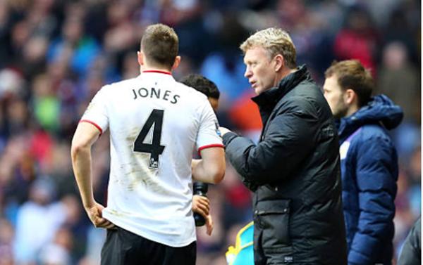 David Moyes wants West Ham to sign Manchester United defender Phil Jones on free transfer - Bóng Đá