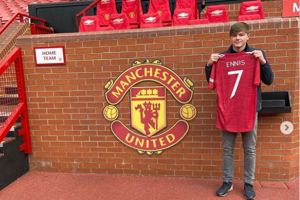 Ethan Ennis confirms he has signed for Manchester United from Liverpool - Bóng Đá