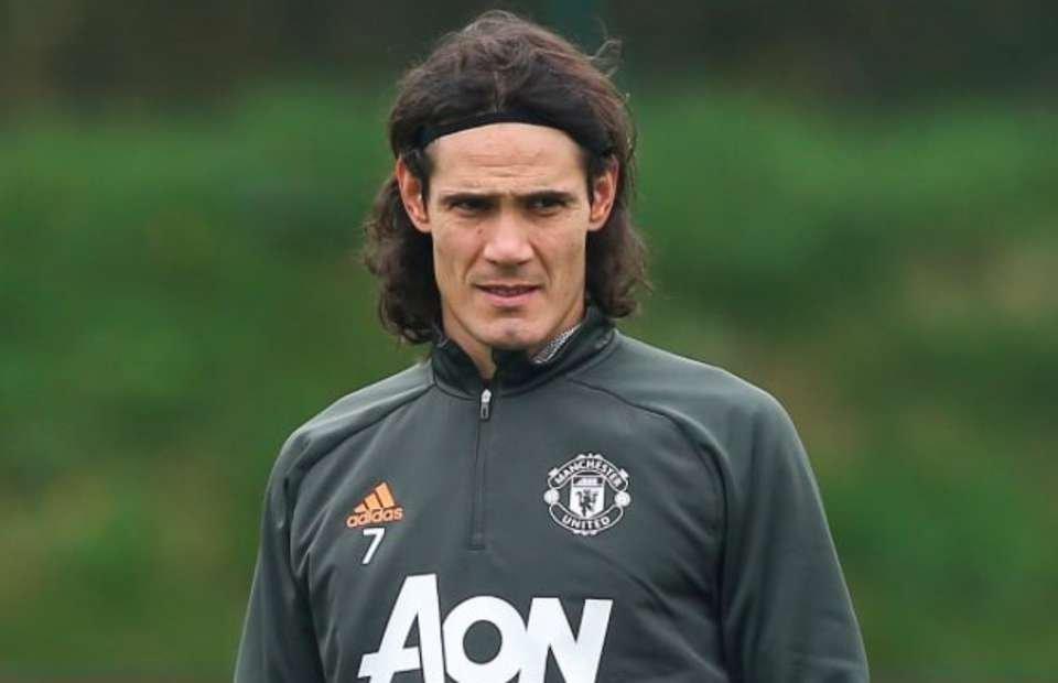 Hé lộ thời điểm Cavani trở lại tập luyện cùng Man Utd - Bóng Đá