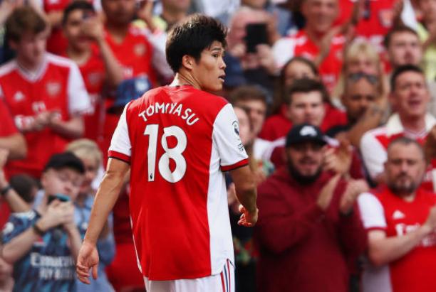 Tomiyasu nói lời ruột gan sau màn debut ở Arsenal - Bóng Đá