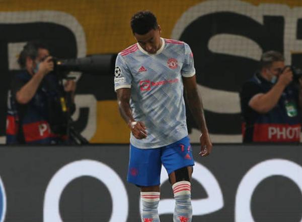3 nhân tố Man Utd có màn trình diễn kém cỏi trận thua Young Boys - Bóng Đá