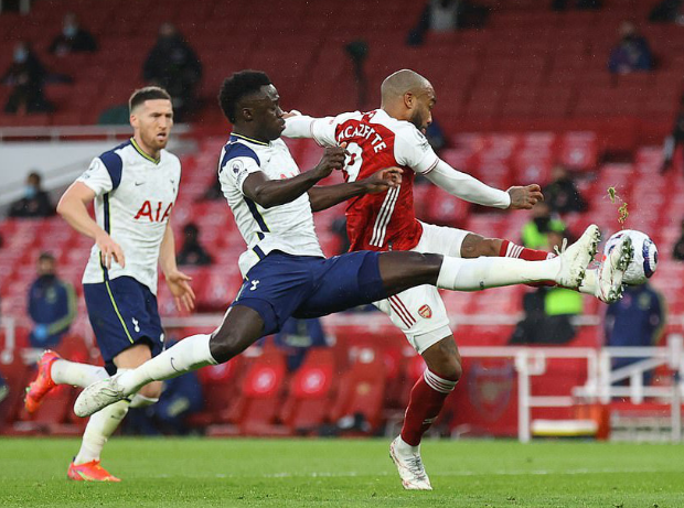 Alan Smith hiến kế cho Arsenal về 2 điểm yếu nơi thủ Tottenham - Bóng Đá