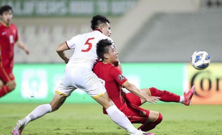 HLV Park Hang Seo giải thích việc loại Thanh Bình trước trận Oman - Bóng Đá