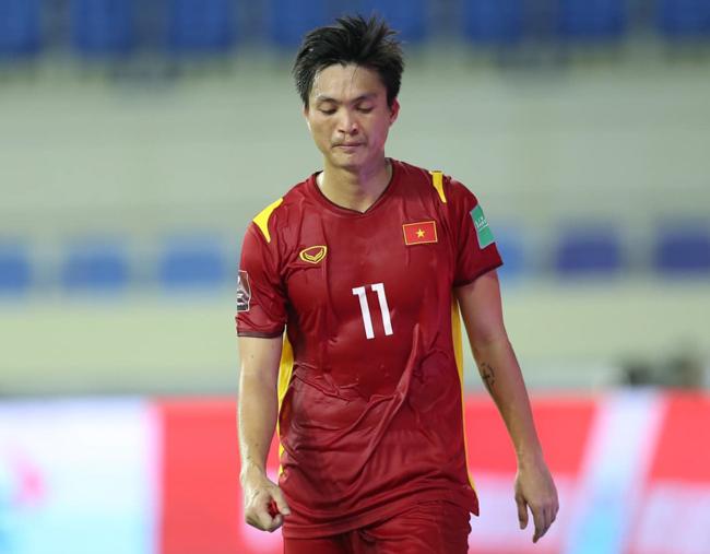 CHÍNH THỨC: Thầy Park chốt danh sách đăng ký 23 cầu thủ dự trận Oman - Bóng Đá