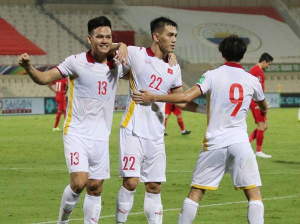 Kém duyên với VAR, ĐT Việt Nam thất thủ trước Oman - Bóng Đá
