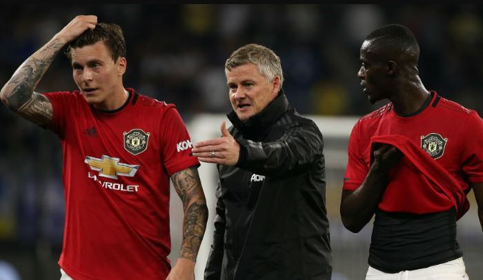Victor Lindelof - phao cứu sinh cho hàng thủ Man Utd - Bóng Đá