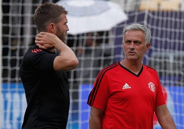 TIẾT LỘ: Dàn sao Man Utd hài lòng với hai quyết định này của Mourinho - Bóng Đá