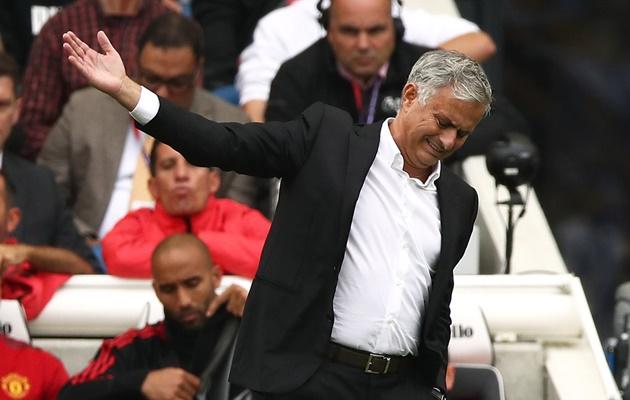 Alan Shearer chỉ ra nguyên nhân khiến Man Utd