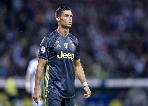 Thầy Luka Modric lên tiếng xin lỗi vì chê Ronaldo