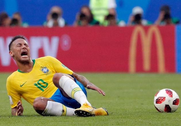 Phản đối Klopp, huyền thoại Liverpool chỉ trích gay gắt Neymar ăn vạ - Bóng Đá