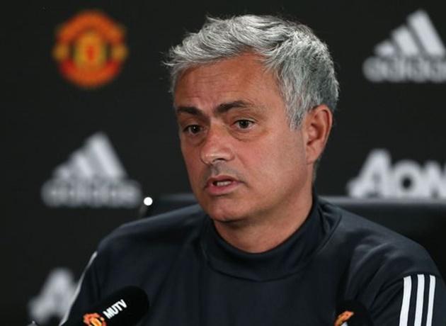 Sốc! Mourinho tổ chức họp báo bất thường, Man Utd sắp có