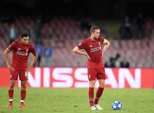 Fan Liverpool 'hủy diệt' 1 cái tên sau trận thua Napoli - Bóng Đá