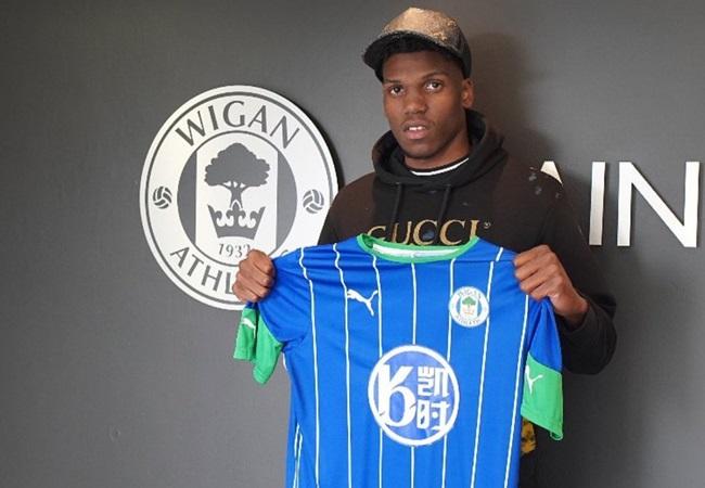 Official: Dujon Sterling join Wigan on a long loan from Chelsea - Bóng Đá