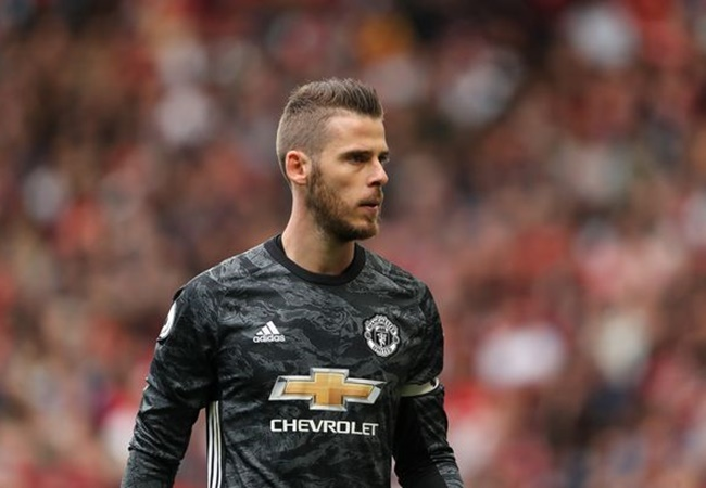 Virgil van Dijk reacts to Paul Pogba and David de Gea missing Manchester United v Liverpool - Bóng Đá