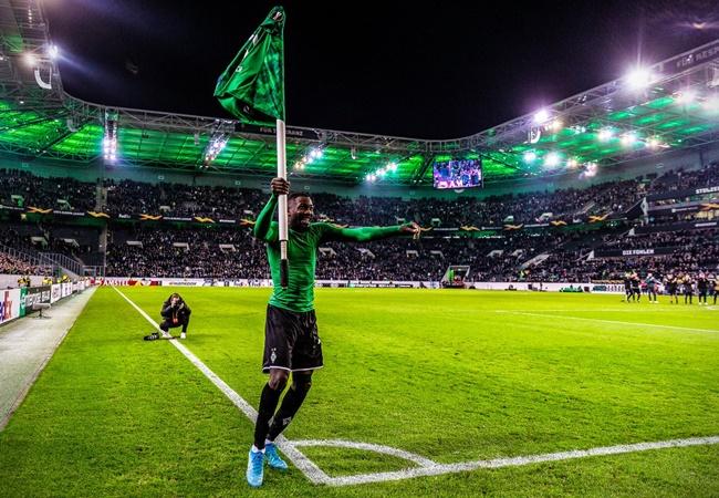 10 CLB hay nhất châu Âu hiện tại: Liverpoool hủy diệt; 'A German Team' - Bóng Đá