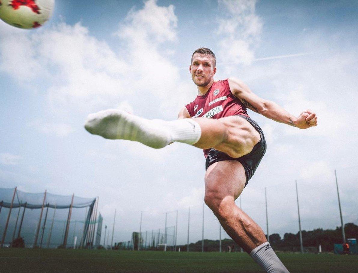 10 danh thủ sở hữu bắp chân 'cực dị': CR7 và 'mục tiêu' của Man Utd - Bóng Đá