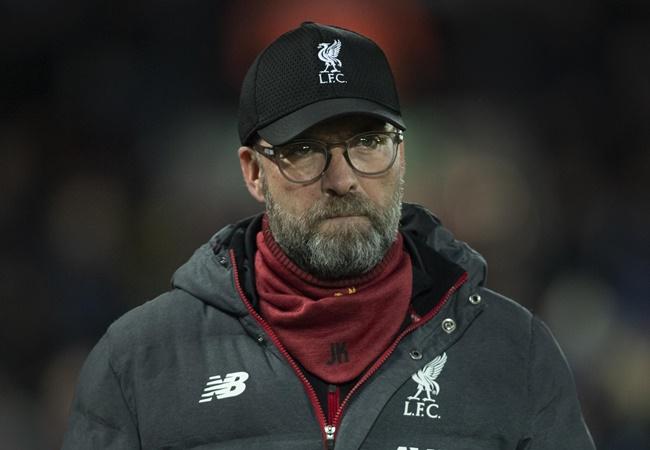 Jamie Carragher sparks fear into Liverpool fans with Premier League title tweet - Bóng Đá