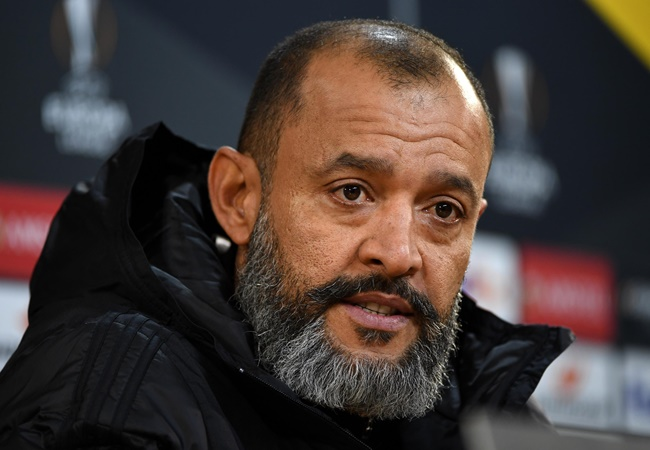 'People are dead and dying' - Wolves boss slams 'absurd' decision to continue playing - Bóng Đá