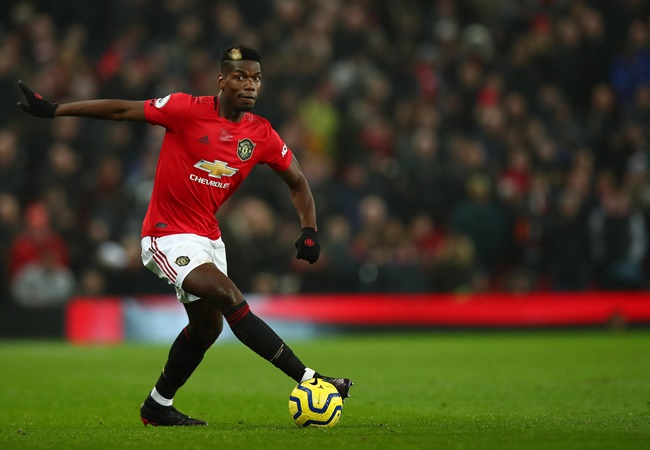 Manchester United star Paul Pogba provides update from quarantine and shows off newly shaved head - Bóng Đá