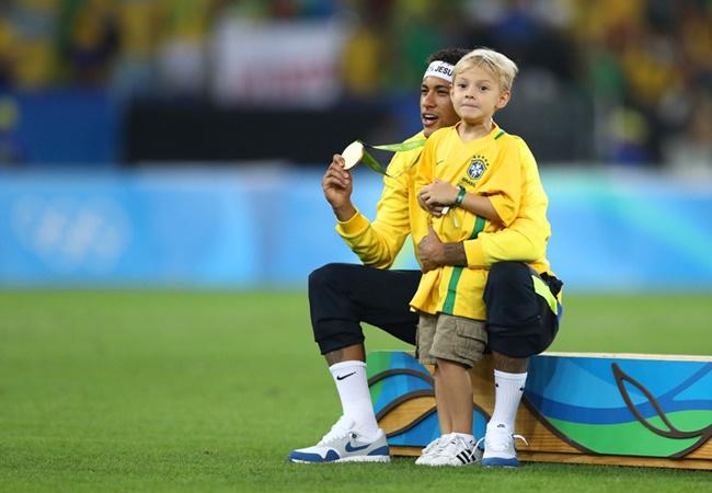 Từ Pele đến Ronaldinho: Xếp hạng những 'số 10' hay nhất của Brazil - Bóng Đá
