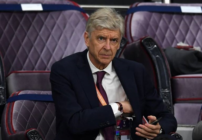 'Wenger hid and watched' - Lauren on 'incredibly competitive' Arsenal training sessions - Bóng Đá