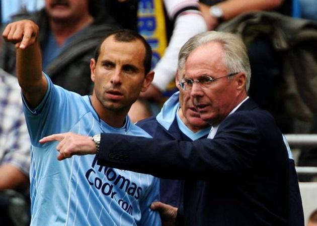 Đội hình Man City 'yếu' ra sao trước khi được Sheikh Mansour mua lại? - Bóng Đá